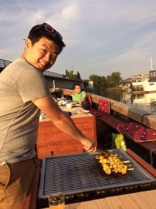 zelf barbecueën op de boot